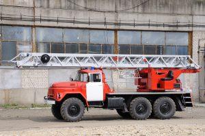 Автолестница пожарная АЛ-30 (131) М (модернизированная Л-21; ПМ-506)