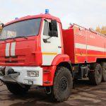 Автоцистерна пожарная АЦ 9,0 – 40 (43118) имеет колесную формулу 6х6