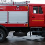 Пожарная автоцистерна имеет колесную формулу 4х2 и может успешно выполнять задачи по ликвидации очагов возгорания в городских условиях и доставлять к месту пожара достаточный объем огнетушащих веществ