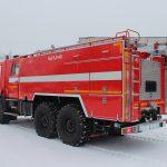 Автоцистерна пожарная АЦ 8,0 – 40 (43118) имеет колесную формулу 6х6