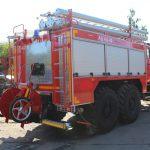 Автоцистерна пожарная АЦ 4,0 – 40 (5557) на шасси УРАЛ с объемом цистерны 4000 л.