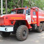 Автоцистерна пожарная АЦ 4,0 – 60 (5557) на шасси УРАЛ имеет колесную формулу 6х6