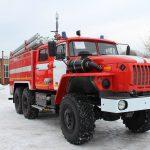 Автоцистерна пожарная АЦ 5,5 – 40 (5557)С со средним расположением насоса (в кабине) на шасси УРАЛ
