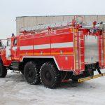 Автоцистерна пожарная АЦ 5,5 – 40 (5557)С с объемом бака для пенообразователя 330 л.